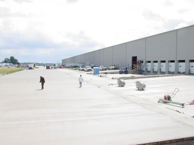 Concrete Commercial Parking Lots
